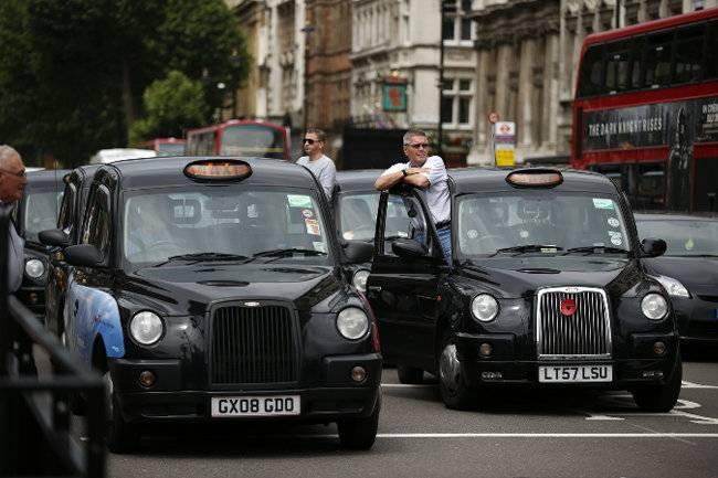 Мер Лондона пропонує переобладнати таксі на ГБО