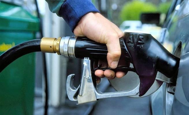 Зменшуємо витрати на заправку і ремонт автомобіля