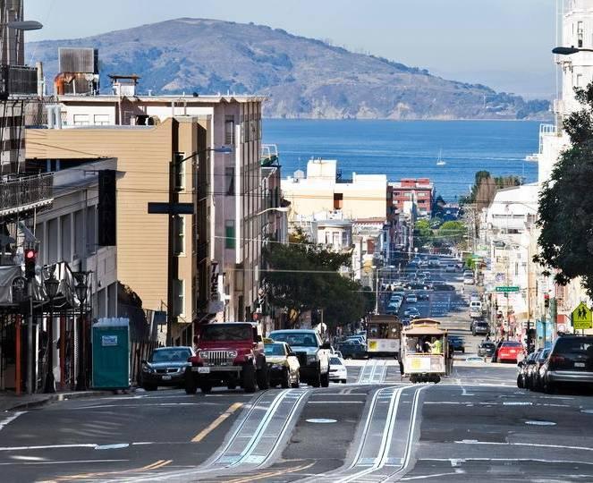 Новий бензовоз з ГБО відчувають в Каліфорнії